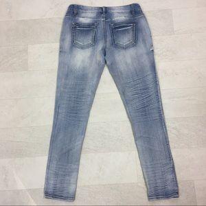Tinseltown Jeans Sz 7 Skinny Distressed Blue Denim